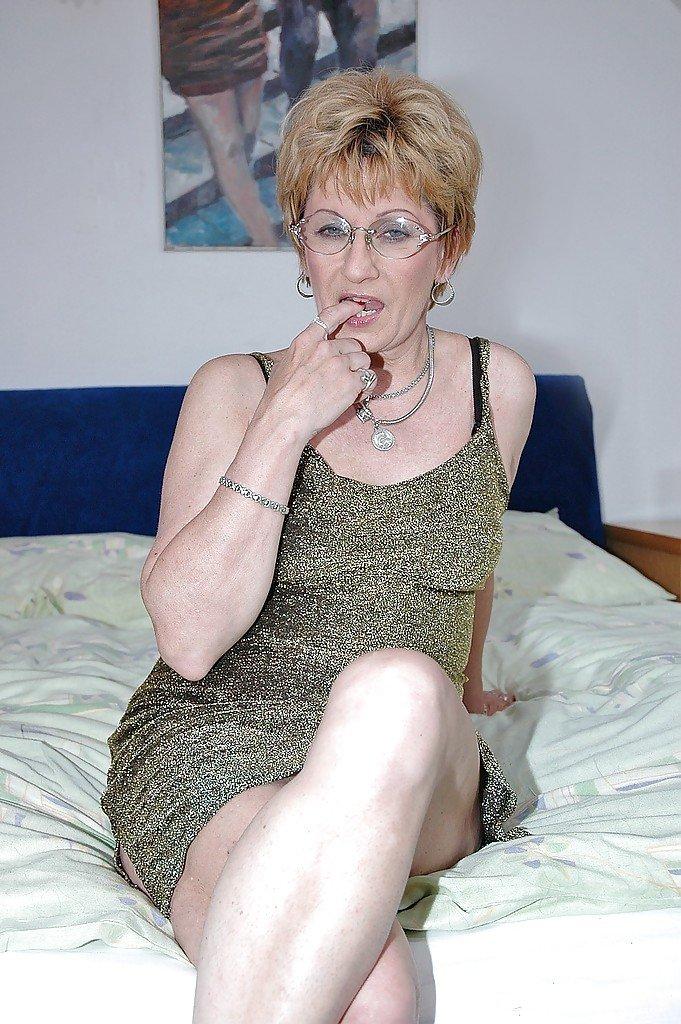 lusciousb000dy from Birmingham,United Kingdom